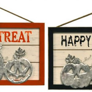 18″ Wood/Metal Halloween Wall Hanger